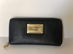 Marc by Marc Jacobs Leather Wallet for Sale in Phoenix, AZ