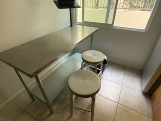 kitchen Table for Sale in Santa Monica,  CA