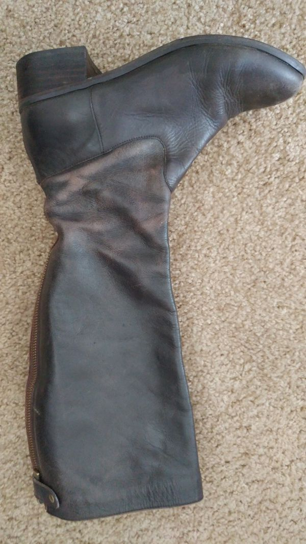 Womens leather boots size 7