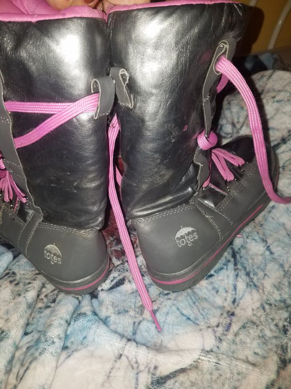 Sz 1 totes girls boots