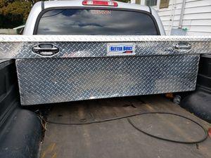 BETTER BUILT TRUCK TOOL BOX 2 KEYS for Sale in Greenville, SC