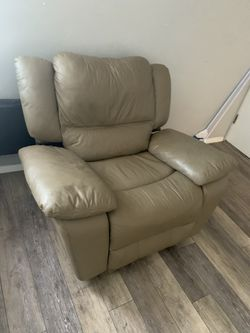 Leather Sofa and Chair Set for Sale in Pittsburgh,  PA
