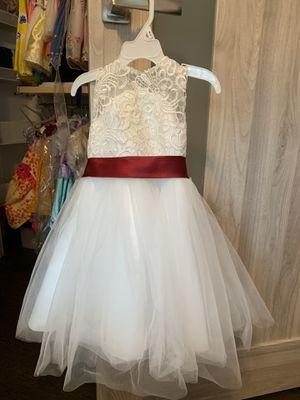 Beautiful flower girl dress size 2t for Sale in Wilmette, IL