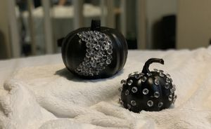 Black pumpkin set for Sale in Scottsdale, AZ