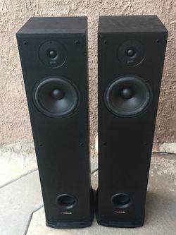 Speakers Polk R30. Tower Speakers. Like New Conditions Original Price Over $200 for Sale in Bellflower,  CA