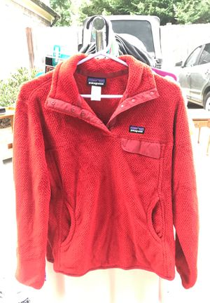 Red Patagonia sweatshirt for Sale in Snellville, GA
