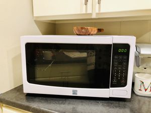 Newer Microwave for Sale in Missoula, MT