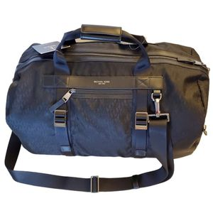 Michael Kors Convertible 2 in 1 Duffel to Backpack for Sale in San Diego, CA