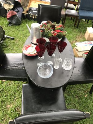 Small black table for Sale in Austin, TX