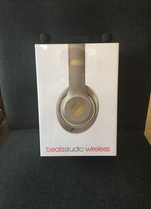 Beats studio 2 Wireless Headphones Gold for Sale in Littleton, CO
