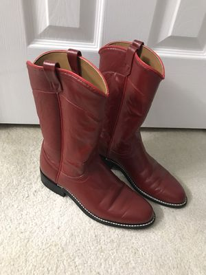 Ladies red cowboy boots size 7 for Sale in Plano, TX