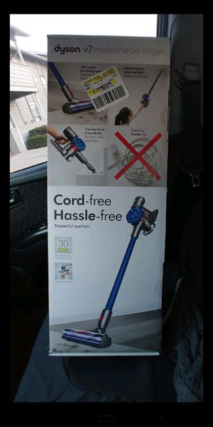 Dyson v7 cordless for Sale in Midwest City, OK