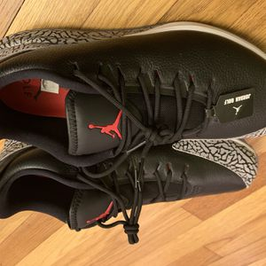 NEW MEN'S JORDAN ADG GOLF SHOES AR7995-001 BLACK / FIRE RED / CEMENT GREY SZ 12 for Sale in New Haven, CT