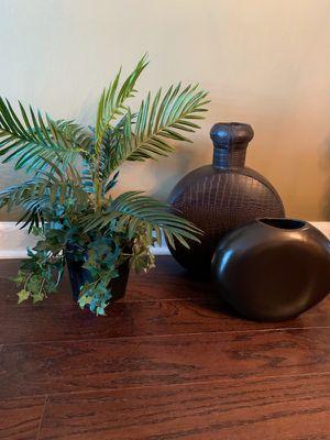 2 Decorative pieces for Sale in Atlanta, GA