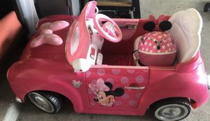 Disney Minnie Girls' 6-Volt Battery-Powered Electric Ride-On by Huffy for Sale in Hutto, TX