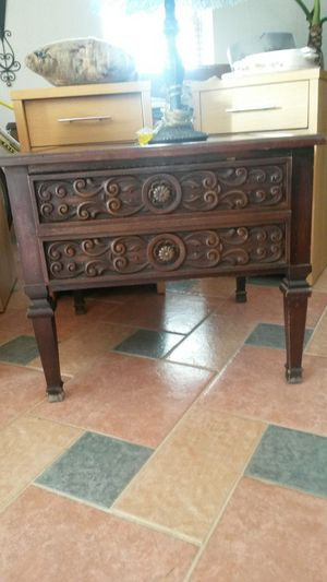 Gorgeous unique solid cherry wood antique end table for Sale in Silver Spring, MD