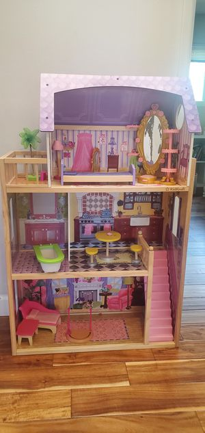 Kidcraft barbie doll house w/ accessories for Sale in Oceanside, CA