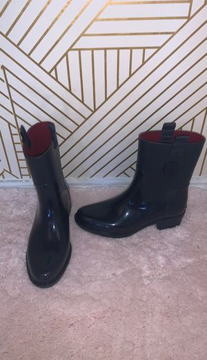 Tommy Hilfiger rain boots for Sale in San Antonio, TX