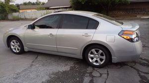 Nissan altima 2009... Quick sale. for Sale in Lawrenceville, GA
