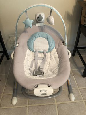 Graco Duet Sway Swing with Portable Rocker for Sale in Stafford, VA