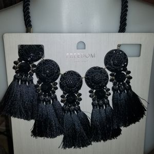 Black collier. $35 value . New for Sale in Valley Stream, NY