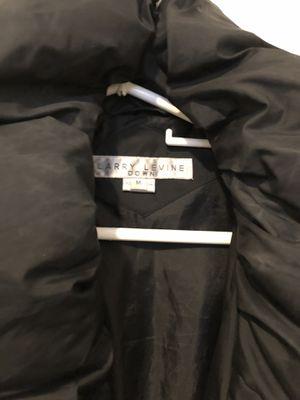 Larry Levine women's down coat size medium for Sale in Ashburn, VA