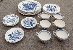 Antique Rare English Staffordshire Gainsborough Genuine J&G Meakin Fine China 7 Dinner Plates, 7 Desert Plates, 2 Bowls, 6 Cups & 7 Saucers. for Sale in Burlington, NC