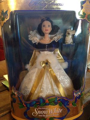 Barbie Disney Snow White holiday princess special edition 1998 for Sale in Richmond, TX