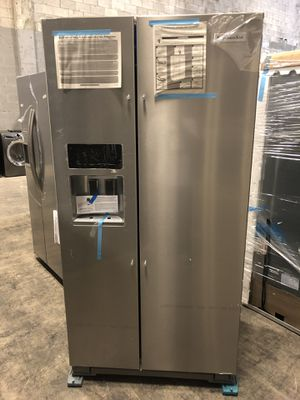 KitchenAid 22.7 cu. ft. Counter Depth Refrigerator takes home for $39 down EZ financing available for Sale in West Miami, FL