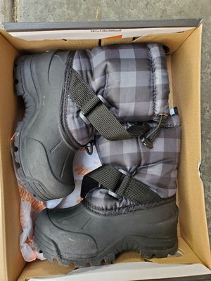 Youth Kids Size 9 Winter Snow Rain Boots Fleece Lined for Sale in Artesia, CA