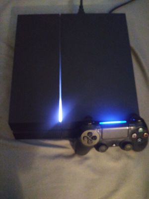 Playstation 4 in great condition for Sale in Phoenix, AZ