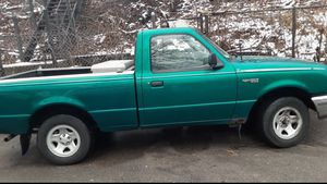 1995 ford ranger GREAT DEAL for Sale in Chicago, IL