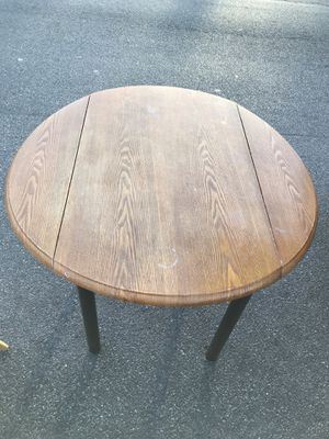 Table for Sale in Bloomfield, NJ