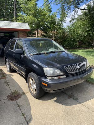 1999 Lexus RX300 - selling for parts for Sale in Cleveland, OH