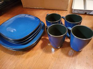 Plates and Cups set for Sale in Victoria, TX