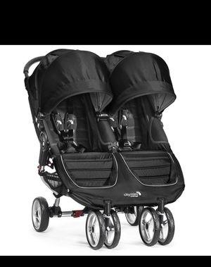 City mini double stroller 2018 Black for Sale in Bellflower, CA
