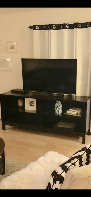 Tv stand, tv console, table, entertainment center, entryway table, buffet, credenza for Sale in Phoenix, AZ