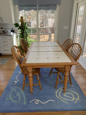 Kitchen table and chairs for Sale in Raleigh, NC