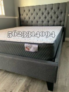 Full Gray tufted bed w Mattress Included for Sale in Madera, CA