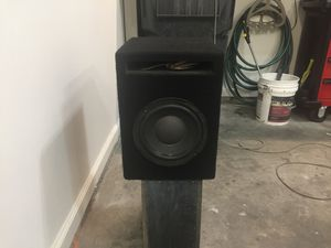 Pioneer 8 inch Subwoofer (with custom box) for Sale in Atlanta, GA