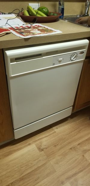 Dishwasher whirlpool for Sale in Haines City, FL