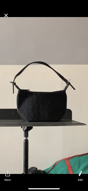Black coach purse for Sale in Thornville, OH
