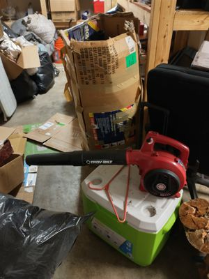 Troy Guilt Leaf Blower for Sale in Gig Harbor, WA