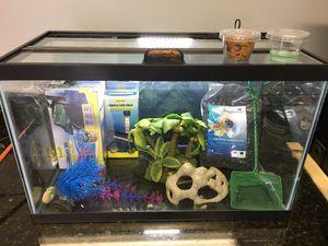 10 gallon fish tank/aquarium set up for Sale in Shorewood, IL