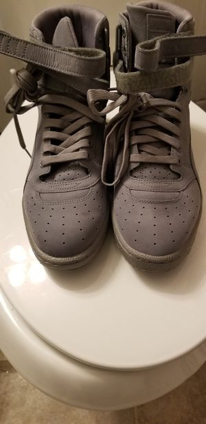 Grey pumas size 8 men for Sale in Tampa, FL