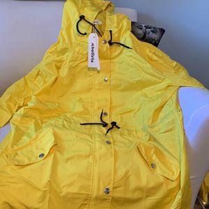 Women's Raincoat for Sale in Los Angeles, CA