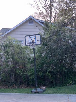 Basketball hoop for Sale in Atlanta, GA