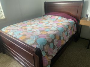 Full Size Matress and Frame for Sale in OR, US