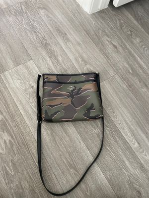 Camo Coach Side Purse for Sale in Las Vegas, NV