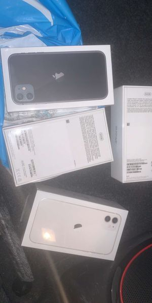 iPhone 11 At&T for Sale in Columbus, OH